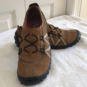 Privo Clark's athletic shoes brown sz 7.5 leather